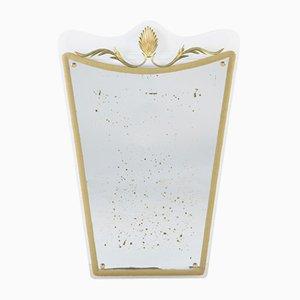 Espejo de pared en forma de escudo de Cristal Art, años 50