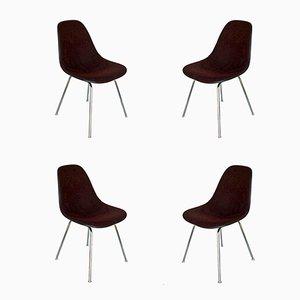 Sedie in fibra di vetro di Charles & Ray Eames per Herman Miller, anni '60, set di 4
