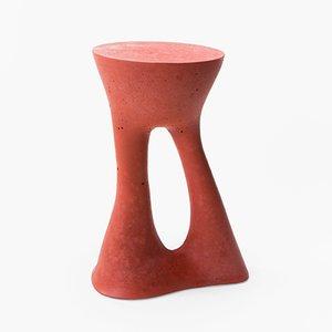 Tavolino Kreten alto rosso di Isaac Friedman-Heiman per Souda