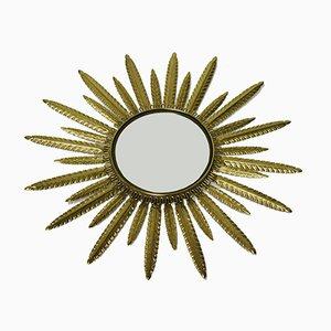 Espejo vintage de latón en forma de sol, años 60
