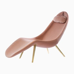 Pause Chaise Lounge by Konekt