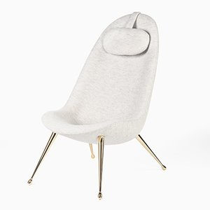 Pause Lounge Chair by Konekt