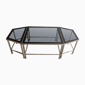 Mesa de centro francesa tripartita niquelada con superficies de vidrio y laca, años 40