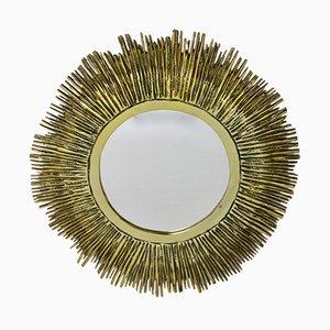 Französischer Messing Spiegel in Sonnenoptik, 1960er