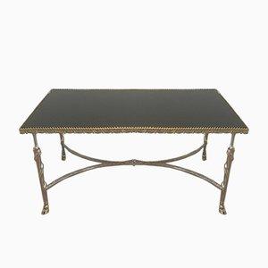 Mesa de centro plateada con pies en forma de pezuña y tablero de vidrio lacado en negro, años 40