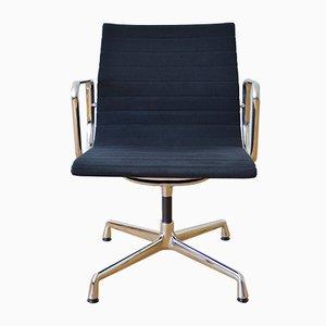Vintage EA 118 Aluminium Stuhl von Charles & Ray Eames für Vitra