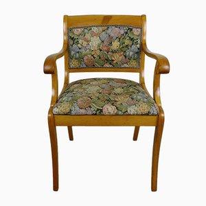 Antiker Armlehnstuhl aus Kirschholz