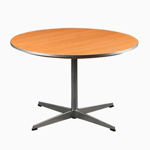 Tavolino da caffè rotondo vintage di Arne Jacobsen & Piet Hein per Fritz Hansen