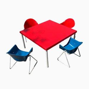 Mesa infantil y sillas de fibra de vidrio de Walter Papst, años 60