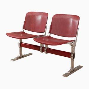 Banco de sala de espera vintage en rojo, años 70