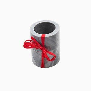 Anelli portatovagliolo in marmo grigio di FiammettaV Home Collection, set di 2