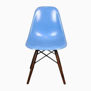 Chaise DSW Bleu Vintage par Charles & Ray Eames pour Herman Miller