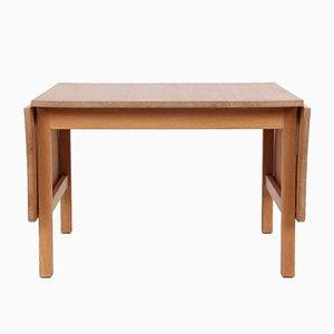 Tavolino da caffè vintage in legno di quercia massiccio di Hans J. Wegner per PP Møbler, Danimarca