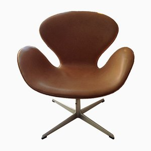 Leather Swan Chair by Arne Jacobsen for Fritz Hansen, 1960s