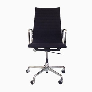 Vintage EA 119 Swivel Chair by Charles & Ray Eames for Vitra