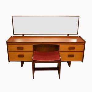 Mid-Century Teak Frisiertisch & Hocker von White and Newton