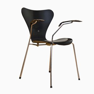 Sedia modello 3207 di Arne Jacobsen per Fritz Hansen, 1955