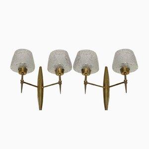 Apliques de bronce con reflectores de vidrio de Stilnovo, años 60. Juego de 2