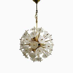 Lámpara de araña Sputnik de latón y vidrio de Emil Stejnar para Val Saint Lambert, años 50