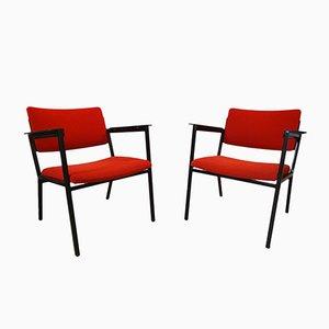 Butacas de tela roja, madera y acero, años 60. Juego de 2