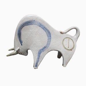 Toro in ceramica bianca di Bruno Gambone, anni '70