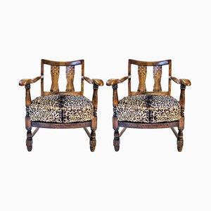 Französische Vintage Armlehnstühle aus Holz mit Sitzen in Leopardenfell-Optik, 2er Set