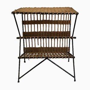 Tavolino in vimini con portariviste, anni '60