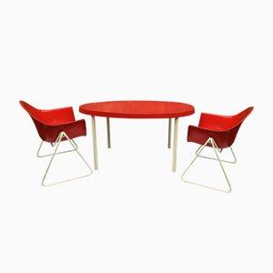 Juego de sillas y mesa infantil de Walter Papst para Wikhahn, años 60
