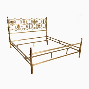 Emailliertes italienisches Messing Bett von Osvaldo Borsani & Arnaldo Pomodoro, 1960er