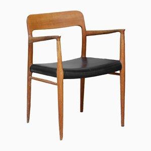 Modell 56 Eichenholz Armlehnstuhl von Niels Otto Møller, 1960er
