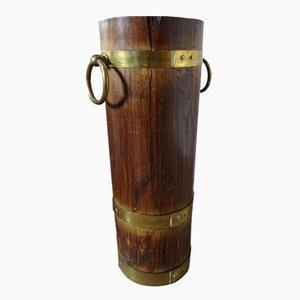 Paragüero vintage de madera y latón
