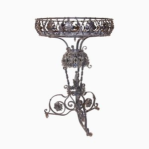 Vaso da fiori antico in ferro di Alessandro Mazzucotelli, inizio XX secolo