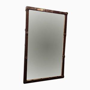 Antiker Spiegel mit Rahmen mit Eisennieten
