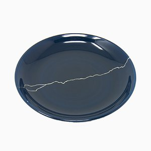 Tsukroi 1 Blue Urushi Lacquered Glass Plate by Kazuyo Komoda for Hands On Design
