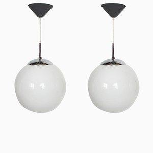 Lámparas colgantes de metal cromado y vidrio, años 80. Juego de 2