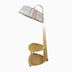 Lámpara de pie de madera con mesa, años 80