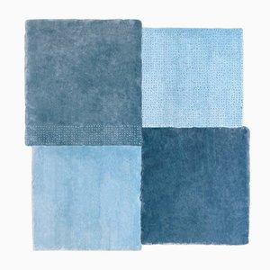 Mittelgroßer blauer quadratischer Over Teppich von Why Not für Emko