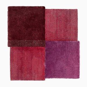 Mittelgroßer lila quadratischer Over Teppich von Why Not für Emko