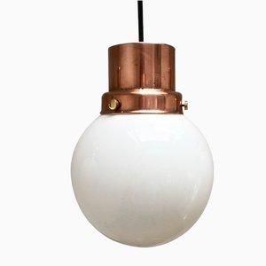 Lámparas colgante Mid-Century esférica de cobre y vidrio opalino