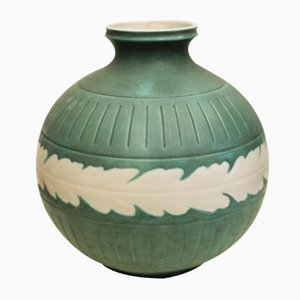 Vaso in ceramica verde di Giovanni Gariboldi per Ginori, anni '40