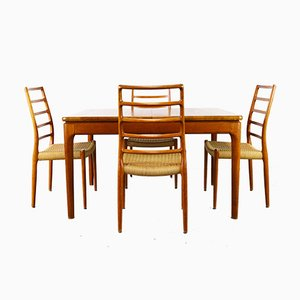Model 82 Chairs by Niels Otto Møller with Dining Table from Glostrup, 1950s