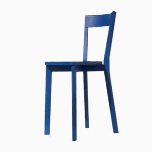 Silla de comedor Mina en azul de Tommaso Caldera para WLegno
