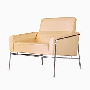 Poltrona serie 3300 in pelle di Arne Jacobsen per Fritz Hansen, Danimarca, anni '50