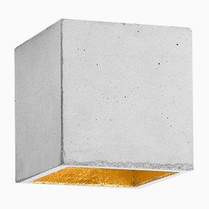 Lámpara de techo [B7] cúbica de hormigón natural y dorado de Stefan Gant para GANTlights