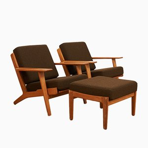 Model GE90 Plank Chairs with Ottoman by Hans J. Wegner for Getama, 1950s