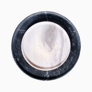Bandejas Dione & Arsinoi de mármol de Faye Tsakalides para White Cubes. Juego de 2
