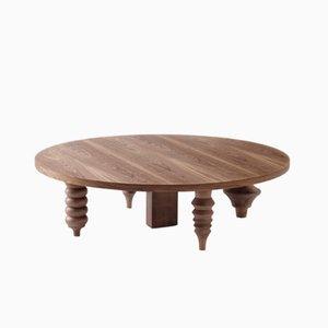 Mesa baja multileg con superficie redonda Ø 80 con acabados de madera de Jaime Hayon para BD Barcelona