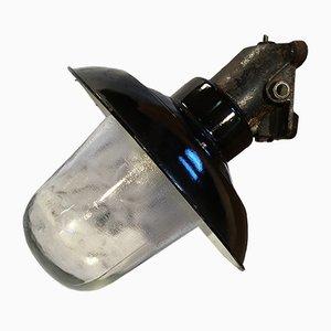 Lámpara de pared industrial vintage de hierro fundido y esmaltado negro