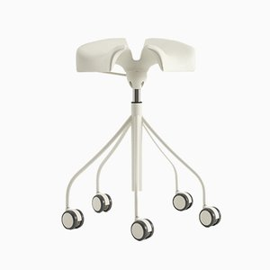 Binaria Stool White by Dr. Jordi Badia & Otto Canalda for BD Barcelona