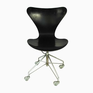 Sedia da scrivania di Arne Jacobsen per Fritz Hansen, 1963